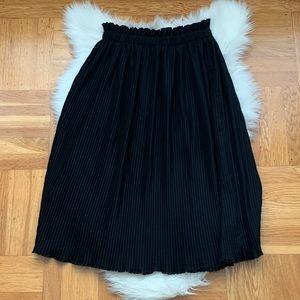 Black Hunter Dixon Midi Accordion Skirt